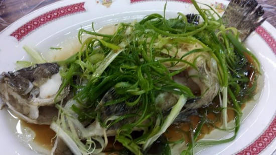 steamed live grouper for HK$128