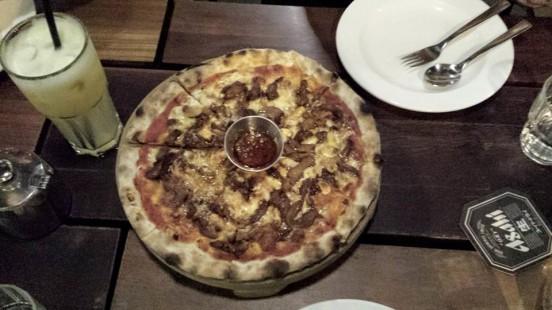 gong bao pizza