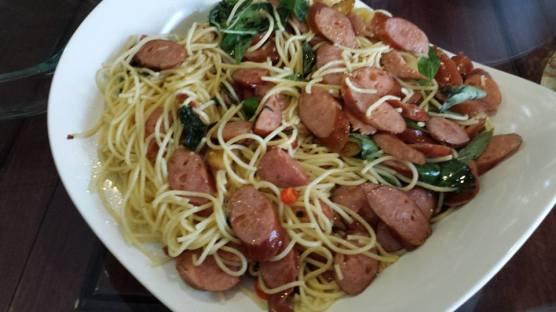 helper's sausage pasta
