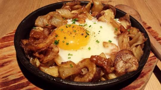 chorizo & egg