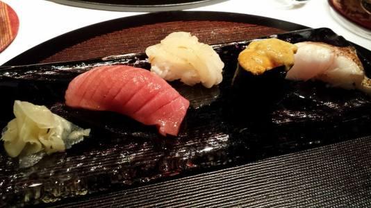 #11 - nigiri sushi - chutoro, shiro ebi, uni & akamatsu