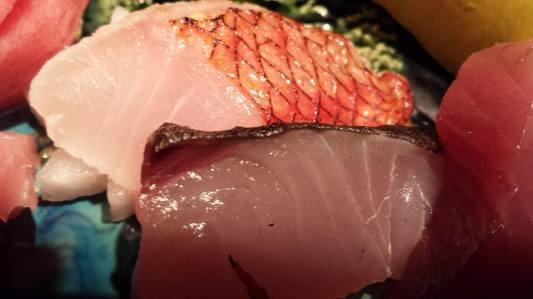 #5 sashimi moriawase = kinmedai 金目鯛(golden eye snapper),katsuo (tuna)