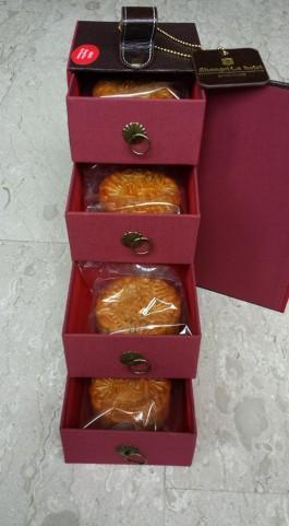 moon cakes2