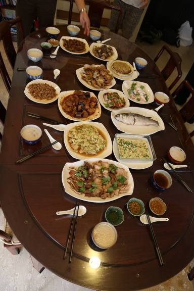 spread of 16 teochew muay dishes