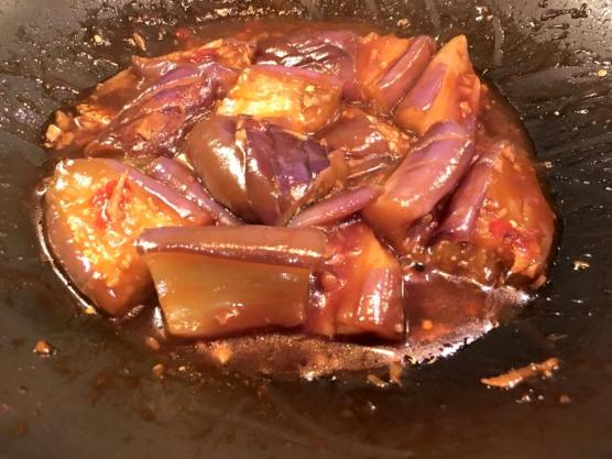 stir-fry eggplants