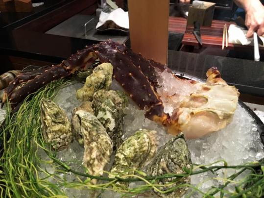alaskan king crab & oysters
