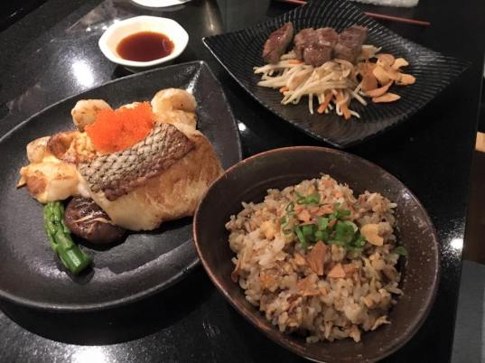 golden prawns, miso cod, tenderloin, garlic fried rice (teppanyaki set)
