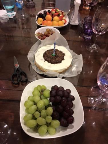 cake & fruits