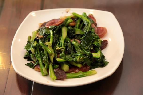 #3 pork + liver sausage fried kailan 腊味芥兰