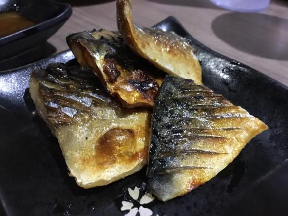 saba shioyaki - grilled saba with salt