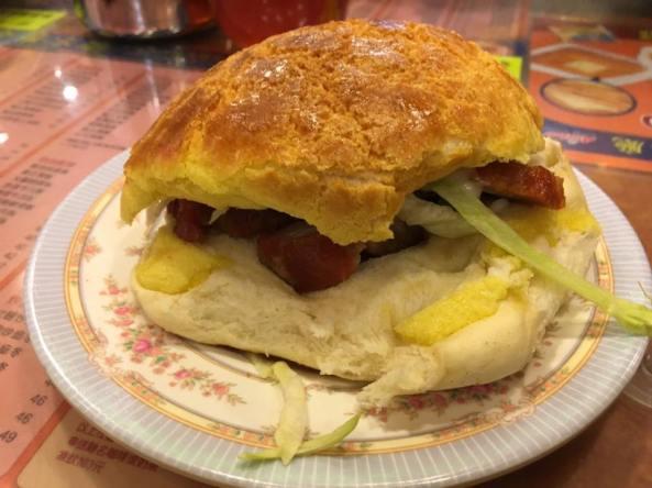polo bun with char siew HK$21