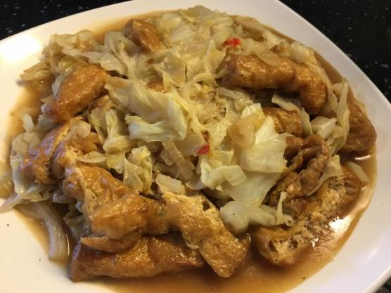 cabbage with tau pok