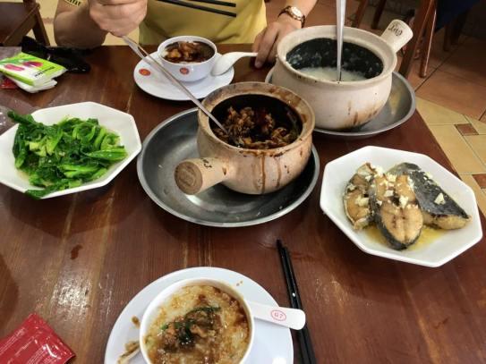 frog leg claypot porridge + ikan tenggiri (mackerel)
