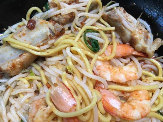 S$5 pork rib prawn noodles