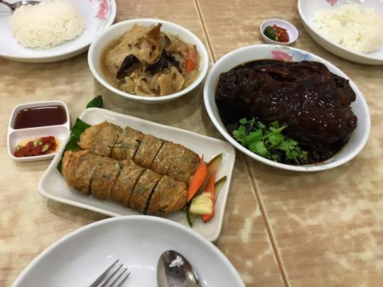 S$62 4 dishes set meal for 3-4pax(2) = curry fish head, pig trotters, ngoh hiang & chap chai