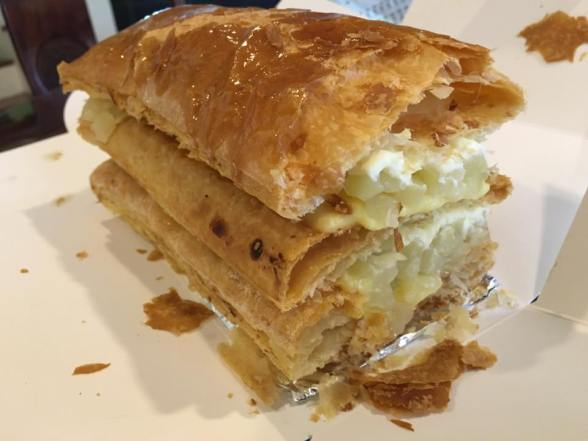 1/2 apple strudel3 for S$12.50