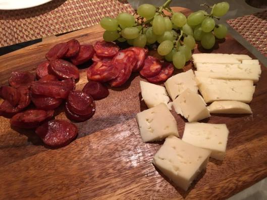 chorizo, cheese & grapes