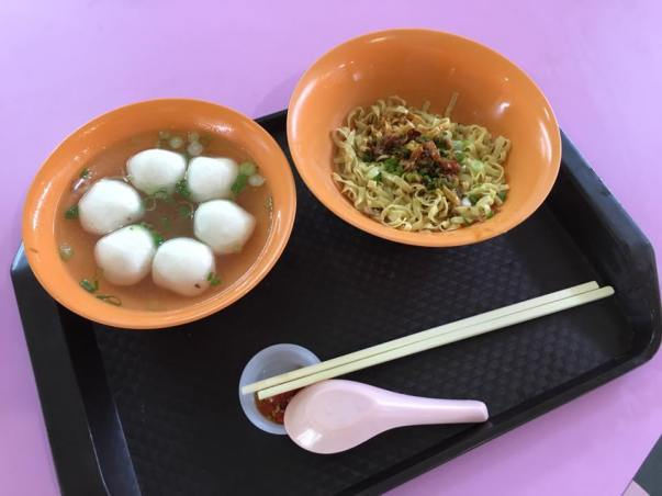 S$3 teochew fishball noodles at xinlu 新路 10.4.2016