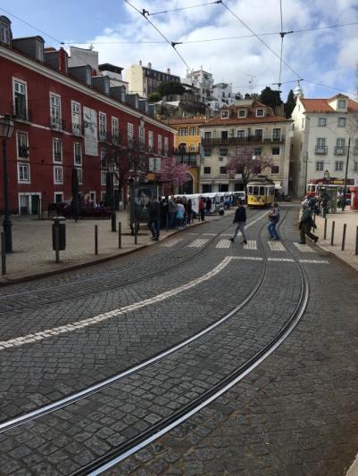 street & tram 28 route