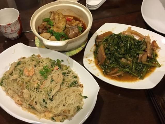 yong tau fu, white bee hoon & cuttlefish kang kong