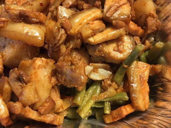 扣肉 + nonya sauce long beans