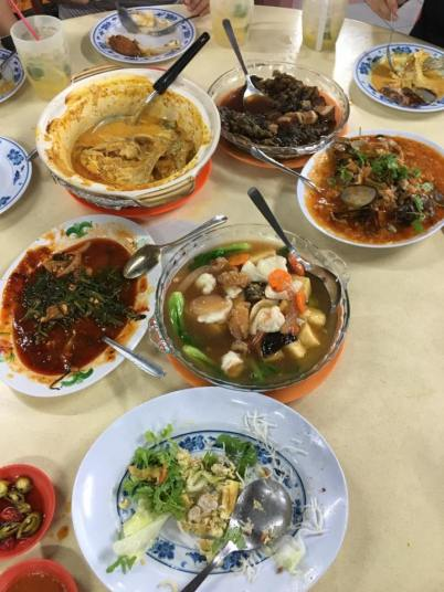 zi char dishes at hup choon binjai park