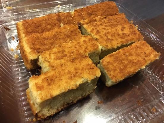 banana cake hiap joo bakery & biscuit factory