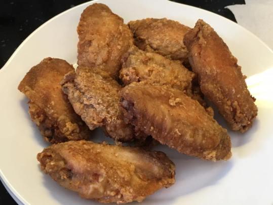 deepfried chicken wings