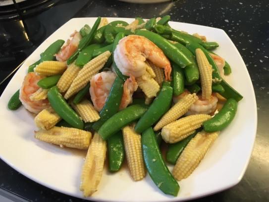 prawns, sweet peas, baby corn