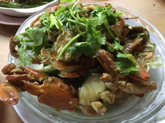 famous white pepper crabs