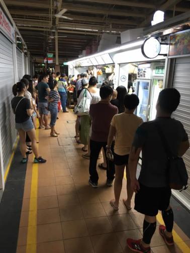 long queue at ah seng 4.45pm saturday 6.8.2016
