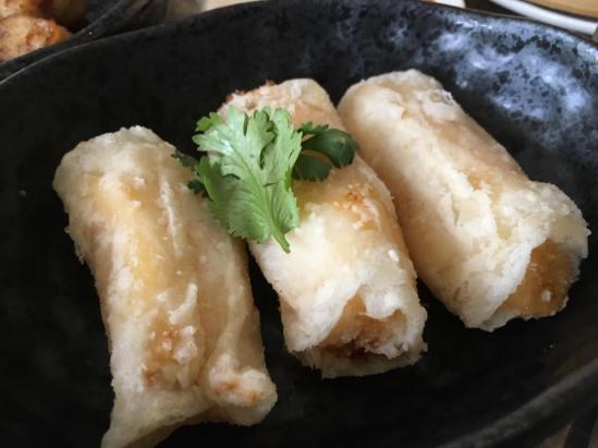 mango prawns roll