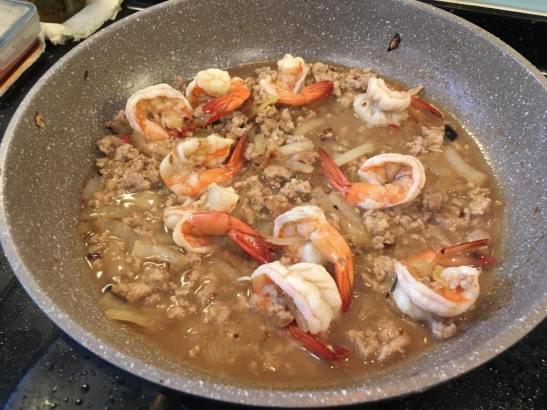 prawn with minced pork fried tofu