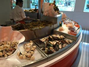 Very Expensive Average Buffet @ The Line Shangri-la on 28Sep2016