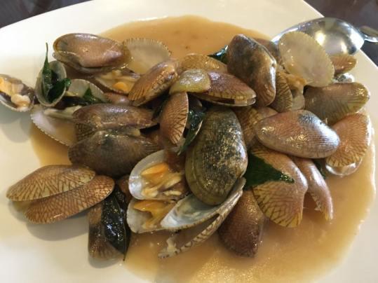 fried lala-manila clams