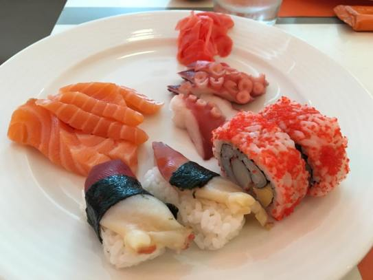 salmon & tako sashimi, atlantic surf clam sushi & reverse maki