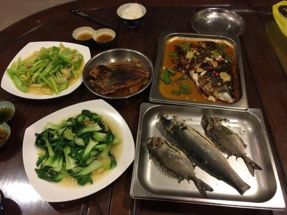 song fish head, mullet, rabbit fish, dry tipo, vegetables