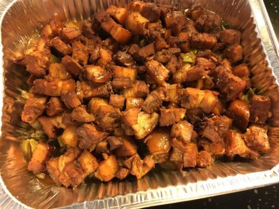 tau you bak 鲁腩肉 & leeks & onions