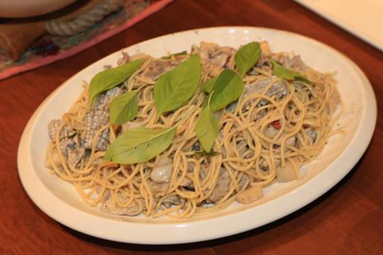 5-seafood-alio-olio-squid-scallop-chicken