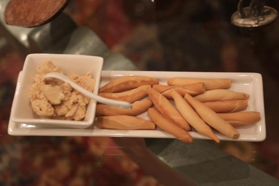ailoon-provided-some-hummus-breadsticks