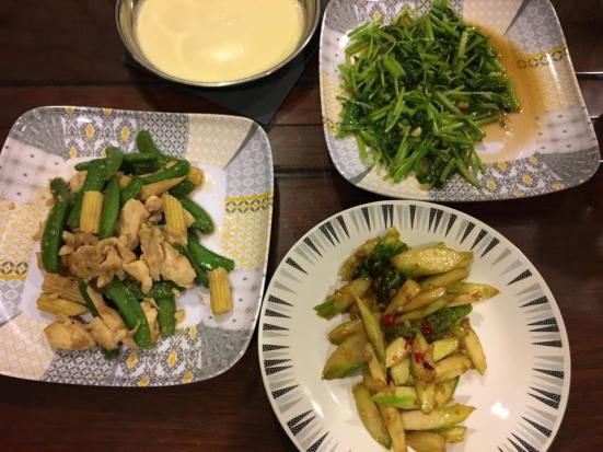 asparagus, spinach, sweet peas with baby corn