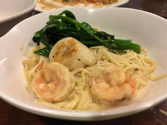braised noodles with grilled scallops & prawns