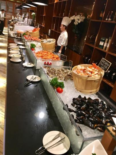 cold seafood station