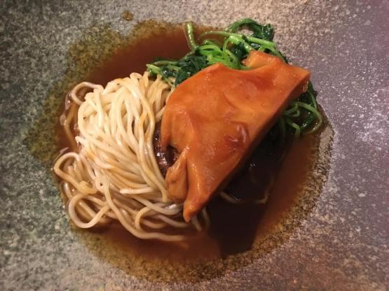 sliced-abalone-noodles