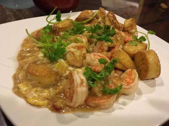 prawns with egg tof