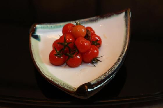 vine-tomatoes-with-plum-sauce