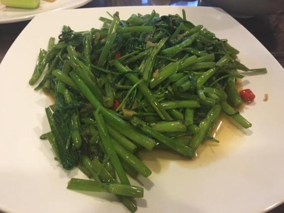 garlic fried kang kong