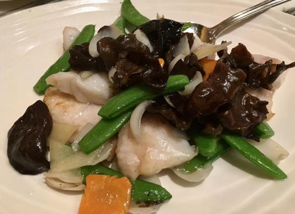 garoupa fillet with lily bulbs, cloud fungus & sweet peas - S$16
