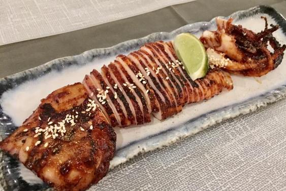 ika sugatayaki - grilled whole squid - really good!