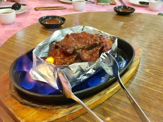 pai guat wong 排骨王